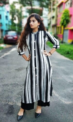 Black and white stripped Rayon Kurti1
