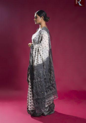 Black and White Soft Dhakai Jamdani Saree1